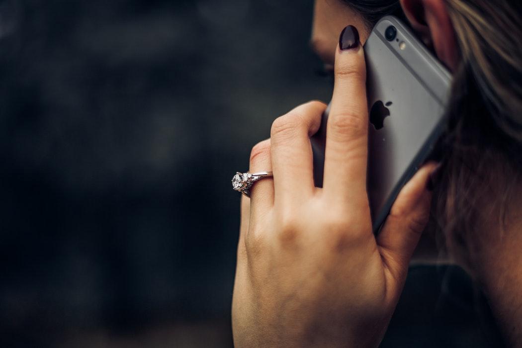 مطلوب موظفات تسويق هاتفي (كول سنتر)