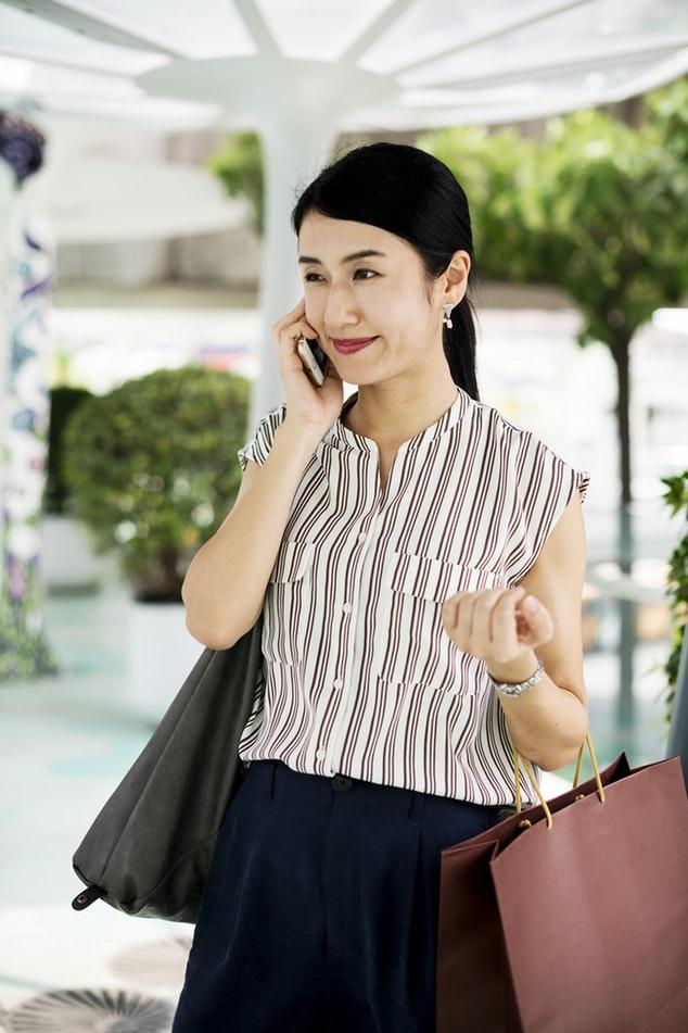 مطلوب موظفين للتواصل مع العملاء