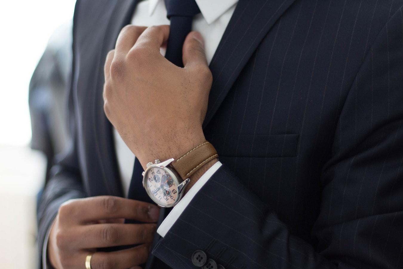 مطلوب موظفين مبيعات وتسويق لشركة عقارية في اسطنبول
